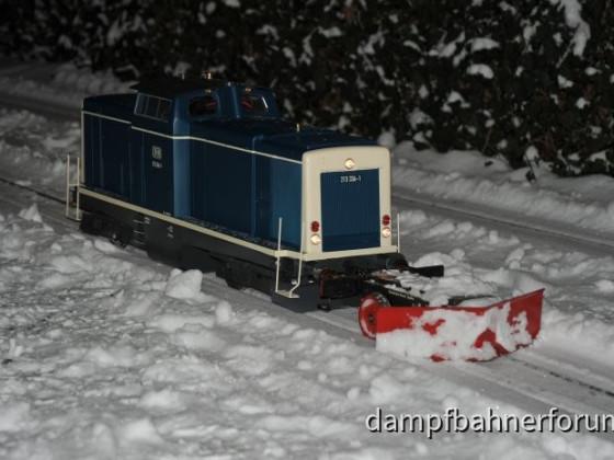 Schneepflug Einsatz der GKB