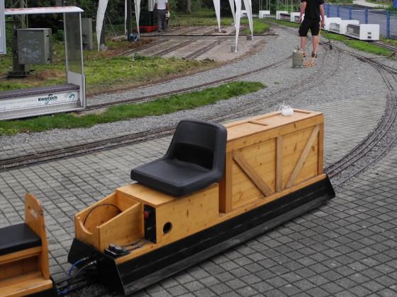 Holzbedienwagen-Testbild Galerie