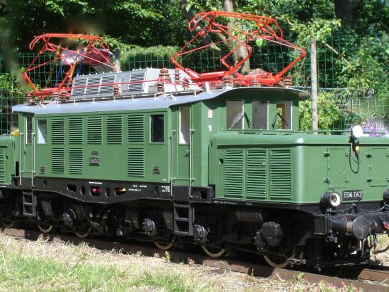 E 94 042 bei Ausfahrt aus Bf Beckmannshausen Hbf