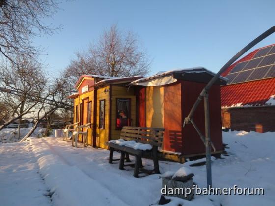 HSE Bahnhof im Schnee