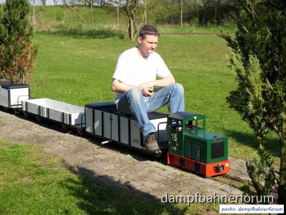Kleiner Feldbahnzug